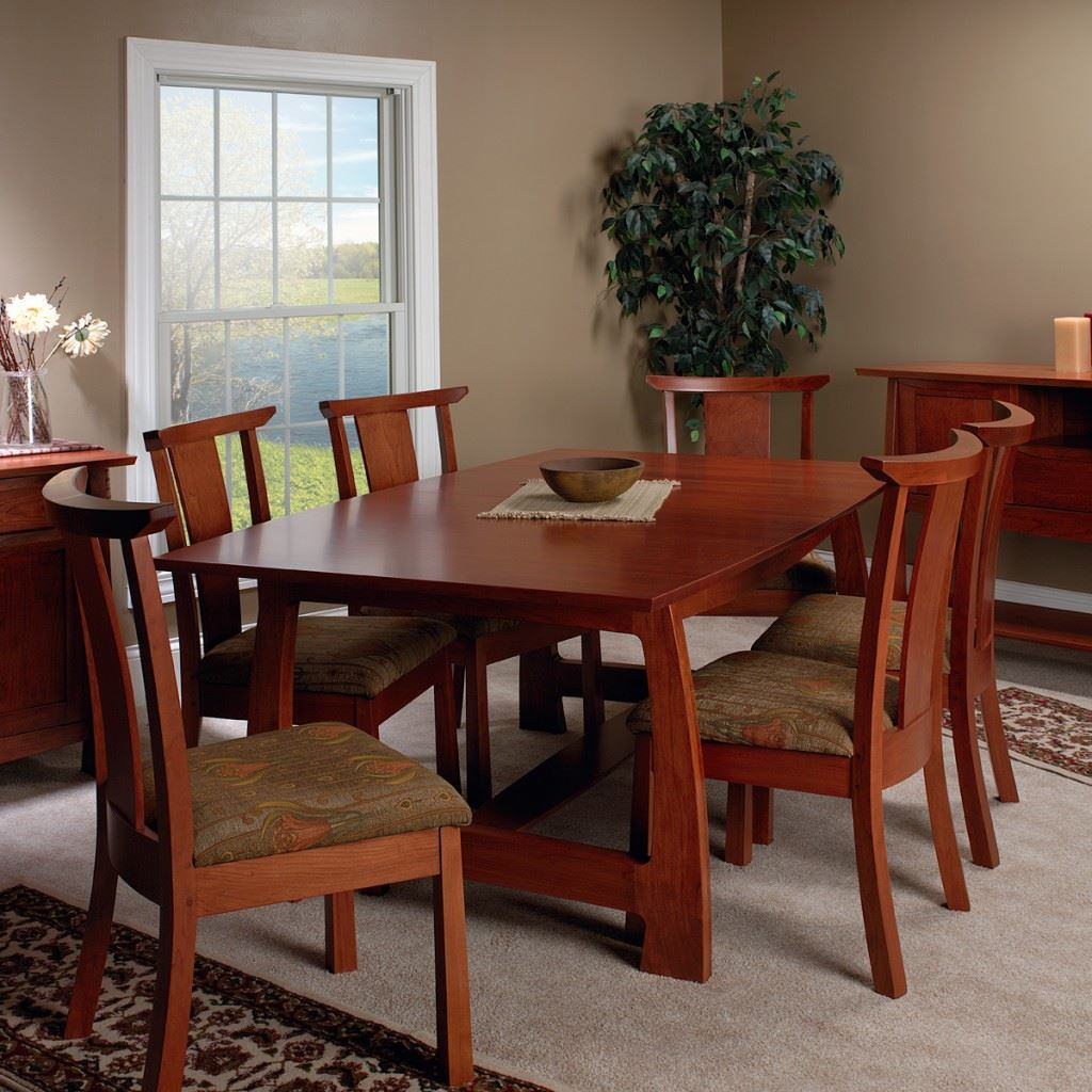 Grand River Dining Set
